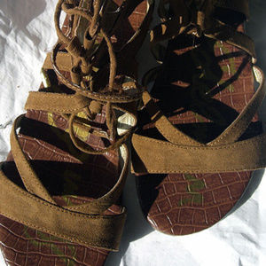 Sam Edelman Gladiator Style Brown Sandals Size 9
